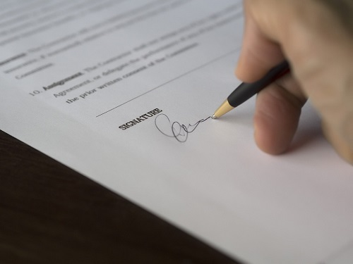 A Notary's Guide To Different Kinds Of Signatures